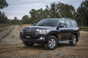 2017 Toyota Land Cruiser 200 Altitude