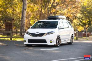 2017 Toyota Sienna X Work on Vossen Wheels (VWS-1)