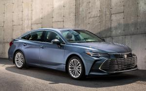 Toyota Avalon Limited '2018