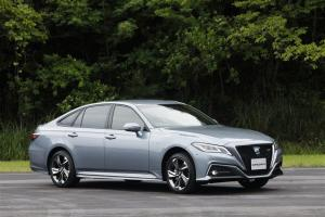 2018 Toyota Crown Prototype RS Four 2.5 Hybrid
