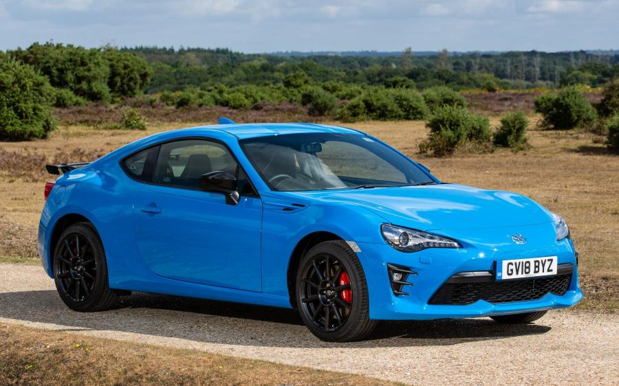 2018 Toyota GT 86 Blue Edition (UK)