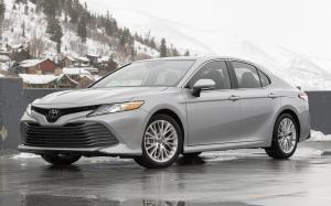 Toyota Camry XLE AWD 2019 года (NA)