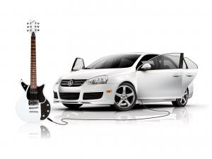 2006 Volkswagen Jetta with First Act Guitar