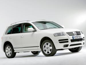 2006 Volkswagen Touareg in Candy White