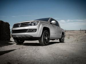 Volkswagen Amarok on Dezent Wheels 2015 года