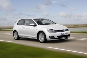 Volkswagen Golf TSI BlueMotion 3-Door 2015 года