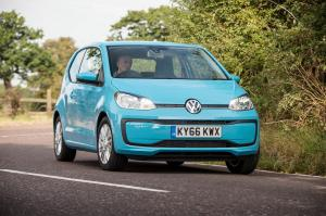 Volkswagen move up! 3-Door 2016 года (UK)
