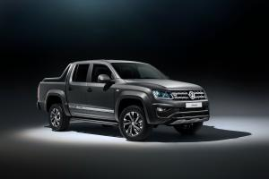 2017 Volkswagen Amarok Dark Label Double Cab