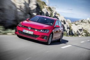 Volkswagen Golf GTI 5-Door 2017 года (WW)