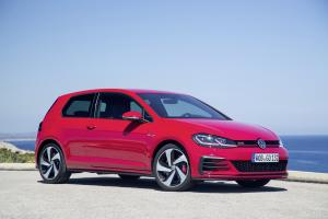 Volkswagen Golf GTI Performance 3-Door 2017 года