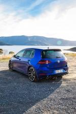 Volkswagen Golf R 5-Door 2017 года (AU)