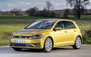 Volkswagen Golf TSI BlueMotion 5-Door 2018 года (WW)