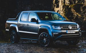 Volkswagen Amarok Double Cab Black Edition 2019 года (UK)