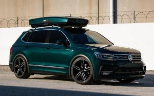 2019 Volkswagen Tiguan R-Line on Vossen Wheels (HF-1)