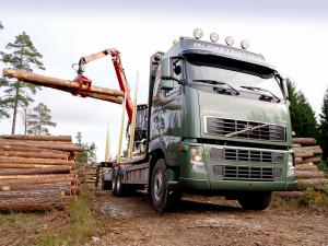 2003 Volvo FH16 Timber Truck