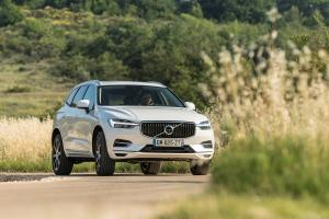 2017 Volvo XC60 T8 Inscription