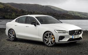 2019 Volvo S60 T8 Polestar Engineered (UK)