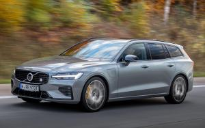 2019 Volvo V60 T8 Polestar Engineered (WW)