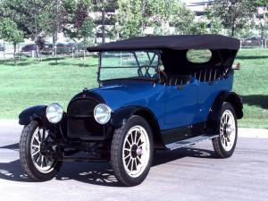 1915 Willys-Knight Touring