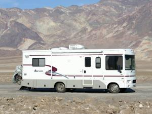 2001 Winnebago Sightseer
