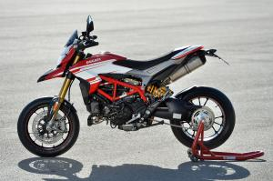 Ducati Hypermotard 939 SP by Ducati Performance