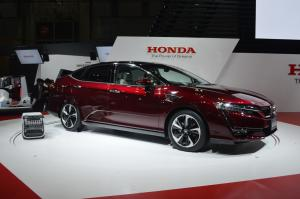 2015 Honda Clarity Fuel Cell Concept
