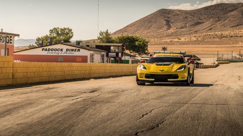 Тюнеры преобразили Chevrolet Corvette в гоночный болид для обычных