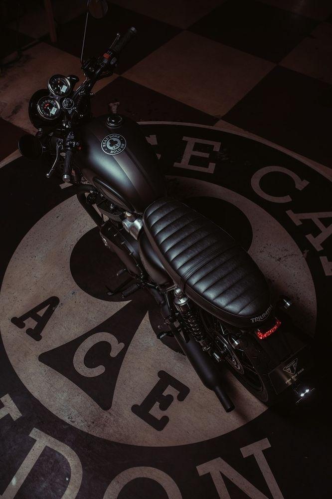 мотоцикл Triumph Bonneville T120 Ace Vercity