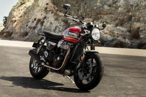 Новый мотоцикл Triumph Speed Twin