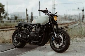 Кастомный Yamaha XJR1300 Paris Muscle от Modification Motorcycles