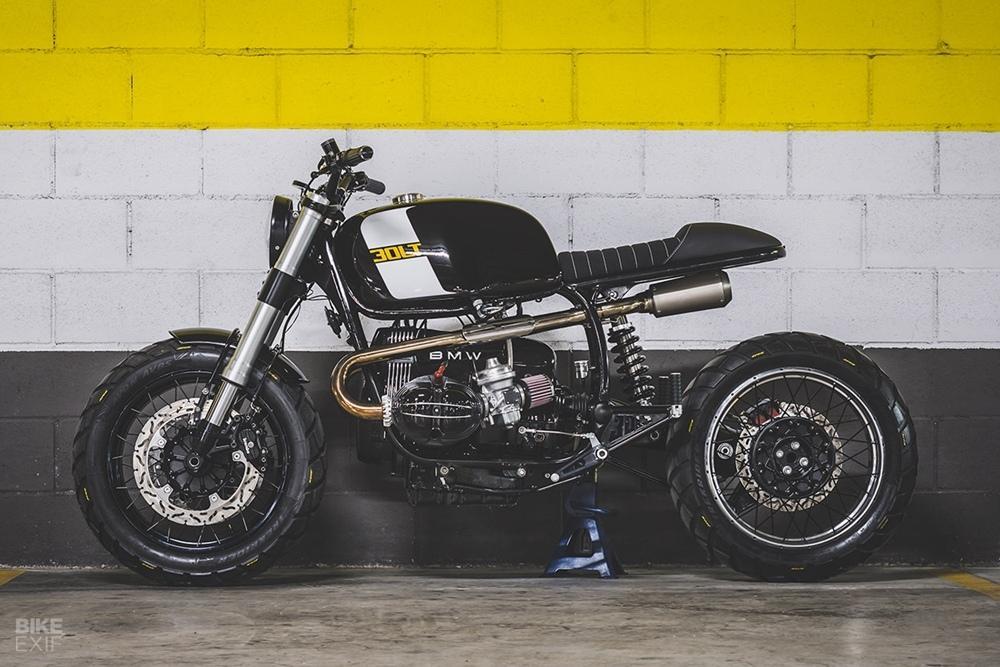 Дорожный скрэмблер на базе BMW R100RT: мастерская Bolt Motor Co