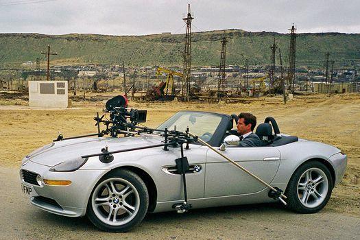 BMW Z8 2000 года для фильма: И целого мира мало