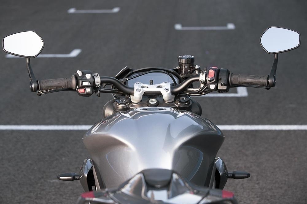 Triumph Street Triple 765 RS 2020 года