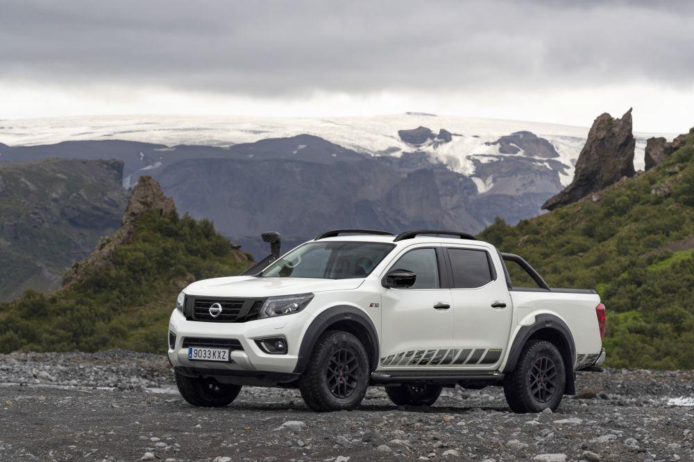 Nissan Navara AT32 Off-Roader by Arctic Trucks 2020 года