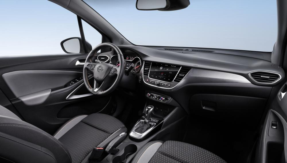 Opel Crossland X Turbo 2017 года