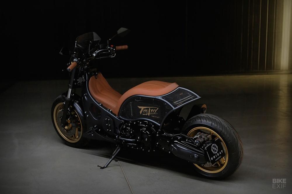 Yamaha TMAX XP500 by Unikat Motorworks