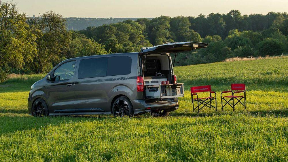 Opel Zafira Life is 3 Black Phantom by Irmscher 2020 года
