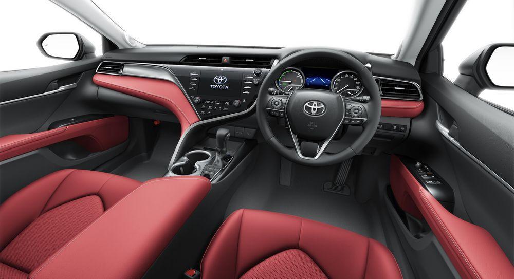 Toyota Camry WS Black Edition 2020 года
