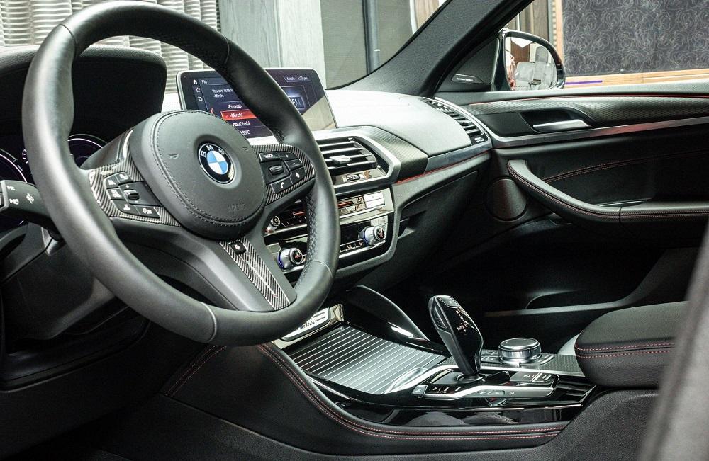 салон BMW X4