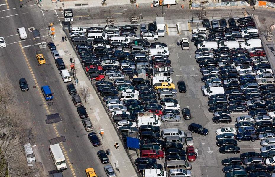 10 городов с самыми дорогими парковками