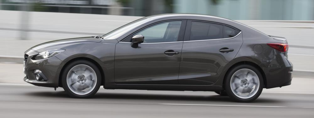 Хэтчбек Mazda 3