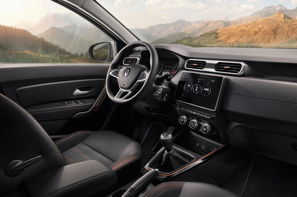 Интерьер Renault Duster 2021