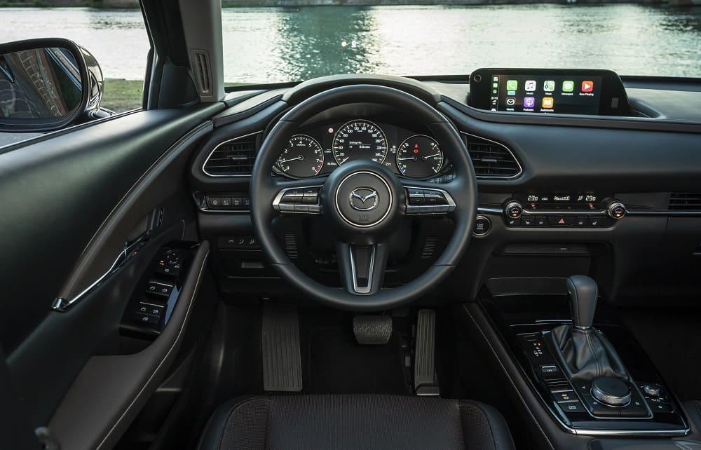 Mazda CX-30 интерьер