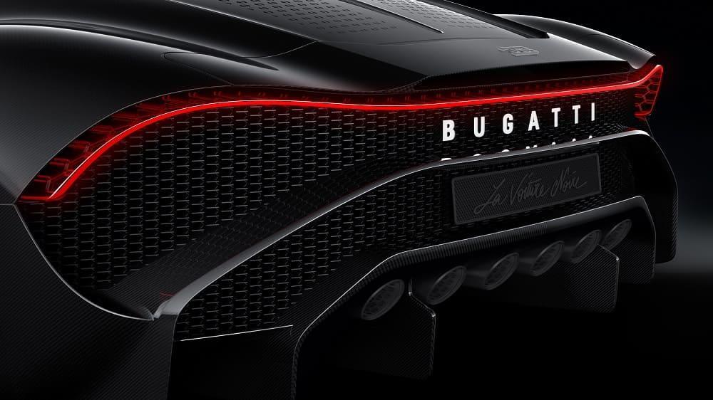 задняя часть Bugatti La Voiture Noire