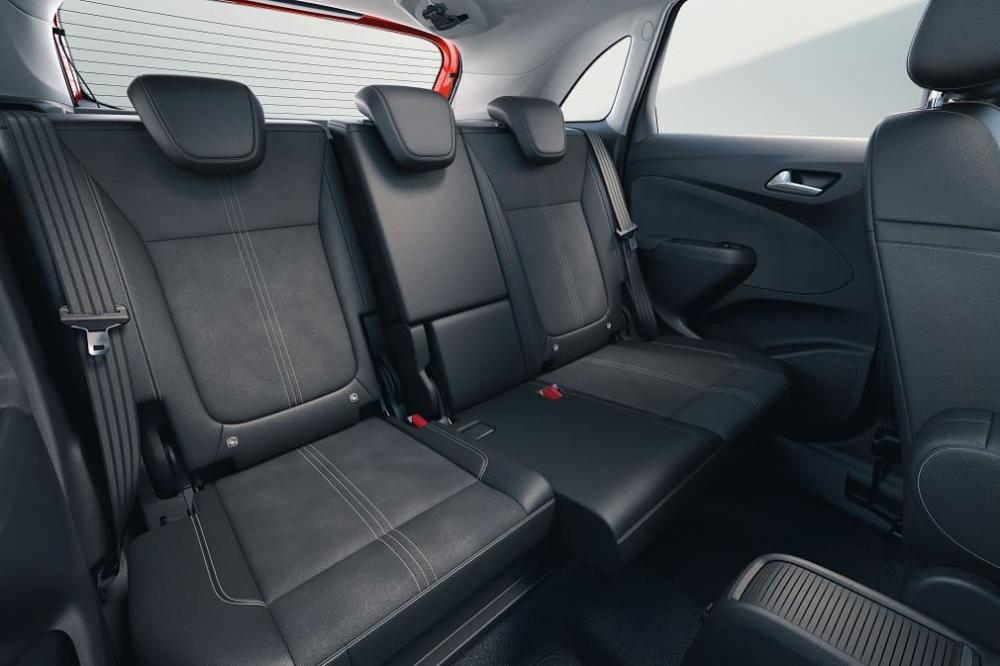 задние сиденья Opel Crossland