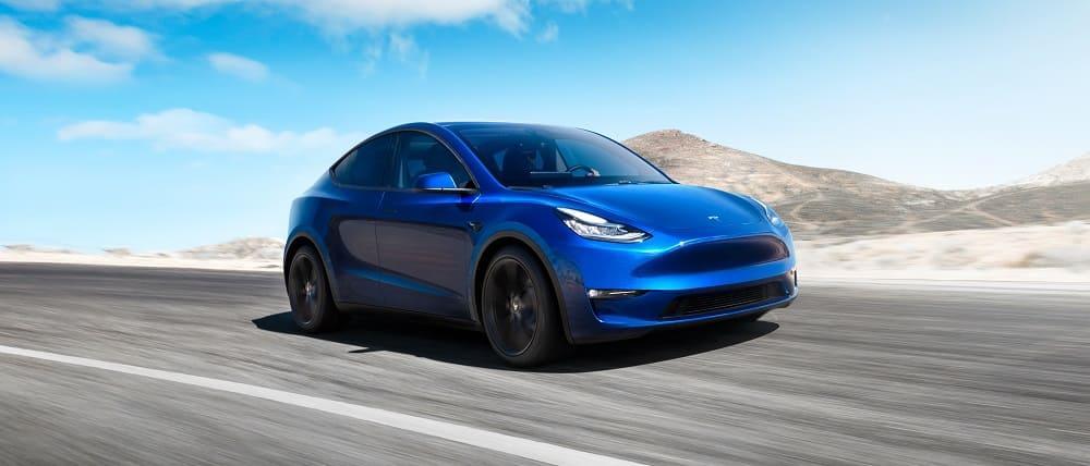 фото Tesla Model Y