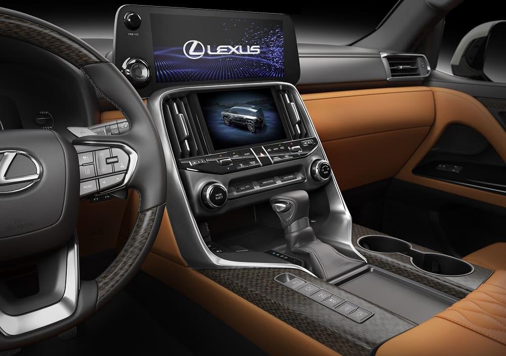 Интерьер Lexus LX 2022