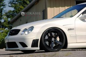 Mercedes-Benz CLK63 AMG Black Series получил диски Strasse Wheels