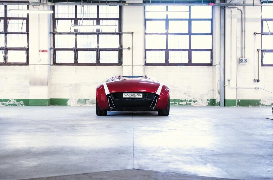Макет купе на базе Ferrari продают по цене Renault Arkana