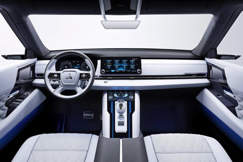Концепт Mitsubishi Engelberg Tourer
